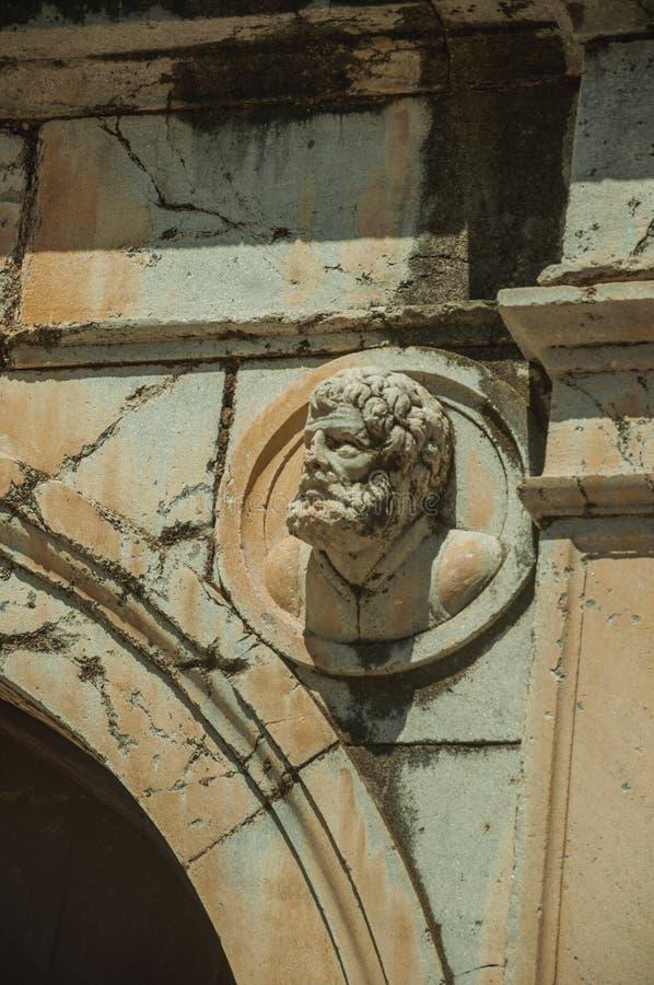 Sculpture principale faite de marbre sur la partie sup?rieure de la vo?te images libres de droits