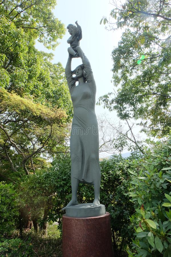 Sculpture sur le parc de paix de Nagasaki, Japon images stock