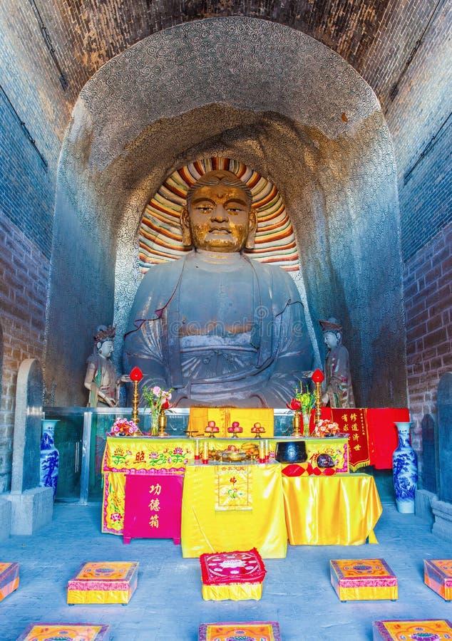 Sculpture terrene antique Bouddha photo libre de droits