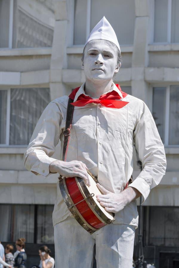 Sculpture vivante La Russie, Ulyanovsk, jour de ville le 12 juin 2017 images libres de droits