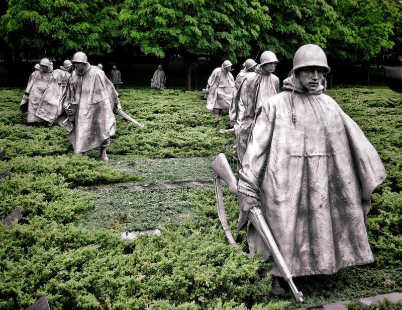 Sculptures commémoratives en soldats de vétérans de Guerre de Corée image libre de droits