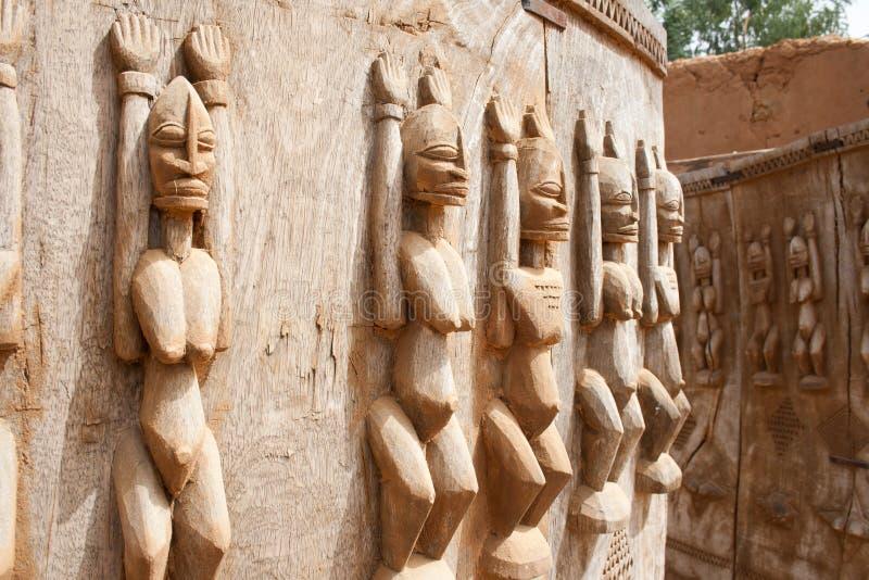 Sculptures en bois, Mali. image libre de droits