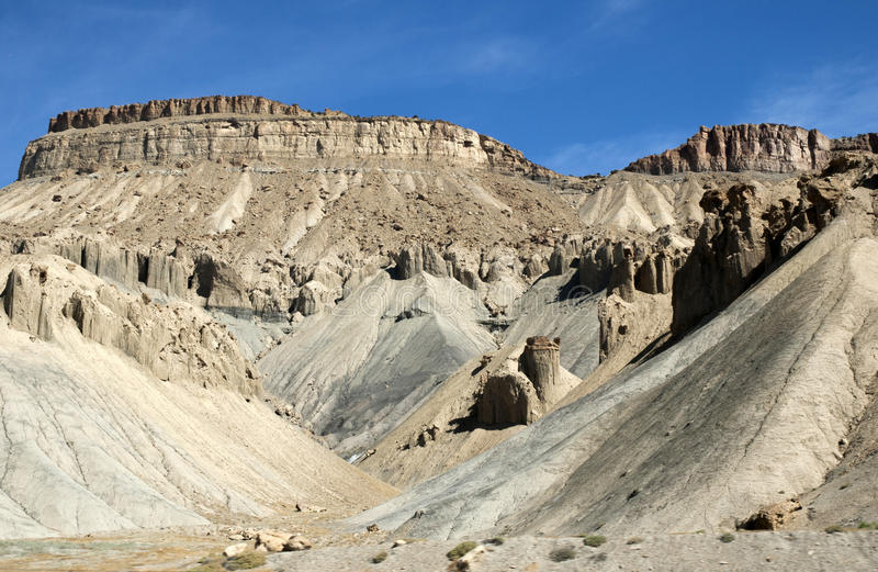 Sculptures en désert faites en roche photo stock