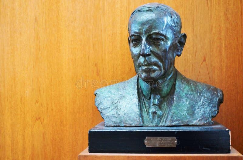 Scultura del busto di presidente americano Woodrow Wilson immagine stock