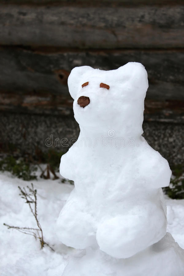 Scultura della neve dell'orso immagini stock