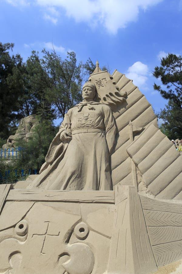 Scultura della sabbia del navigatore cinese Zheng He immagini stock