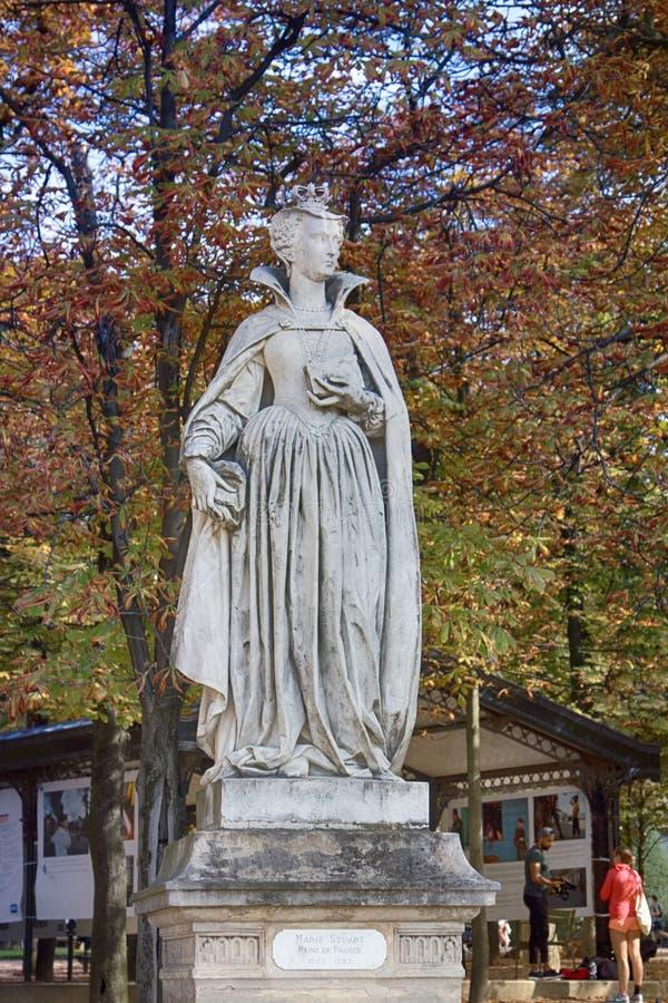 scultura di Artemis a Parigi immagine stock libera da diritti