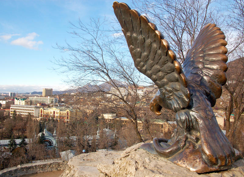 Scultura di Eagle - simbolo di Pjatigorsk, Russia immagini stock libere da diritti