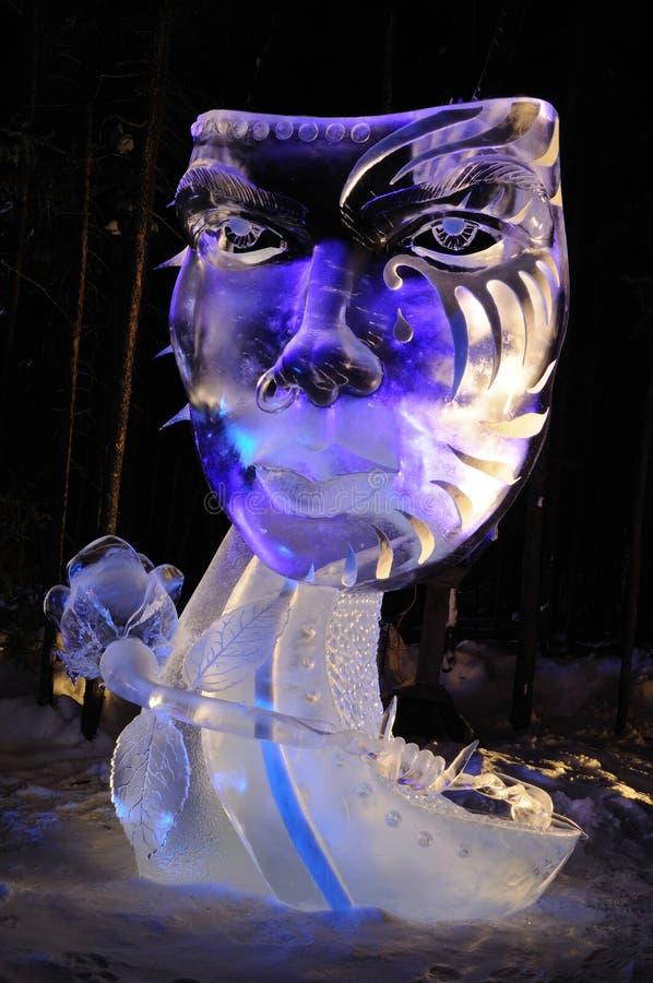 Scultura di ghiaccio della mascherina immagine stock libera da diritti