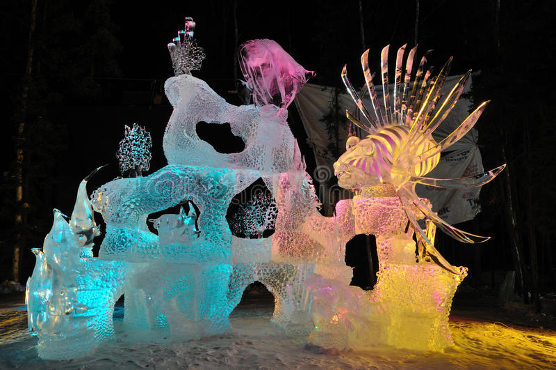 Scultura di ghiaccio di safari dell'acqua salata fotografie stock