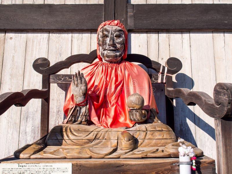 Scultura di legno del monaco in tempio di Todaiji immagine stock