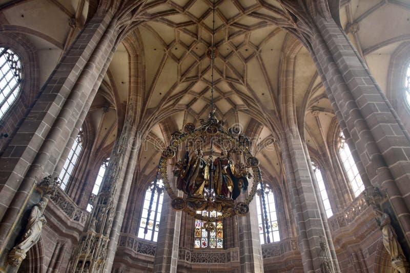 Scultura di legno di annuncio di Engelsgruss del €™ di Veit Stossâ a Lorenzkirche a Norimberga fotografia stock libera da diritti