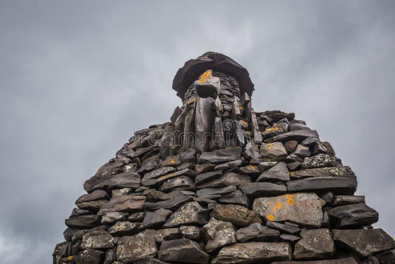 Scultura di pietra in Arnarstapi, Breidavik Islanda ad ovest fotografia stock libera da diritti