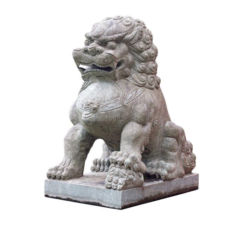 Scultura di pietra cinese del leone su fondo bianco fotografie stock