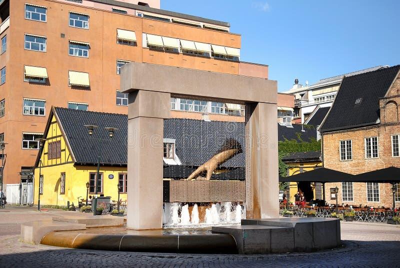 Scultura di re Hand a Oslo immagine stock