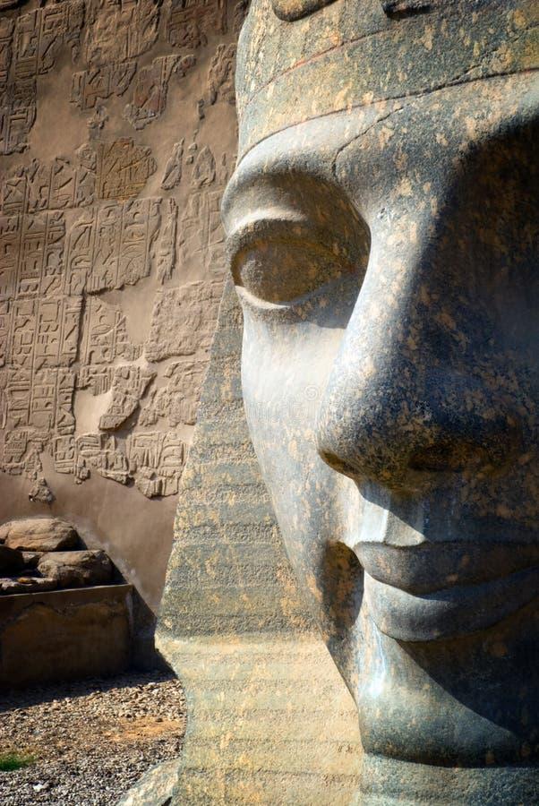 Scultura parziale del fronte del Pharaoh fotografia stock