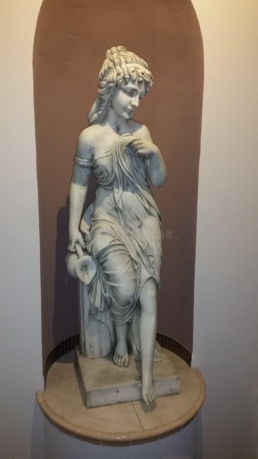 Scultura romana in vecchia casa immagini stock libere da diritti