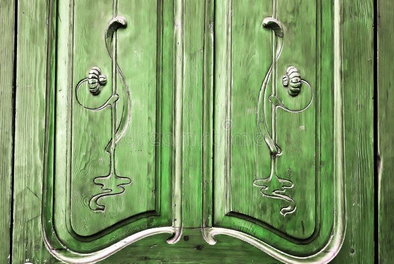 Scultura rustica della porta fotografia stock