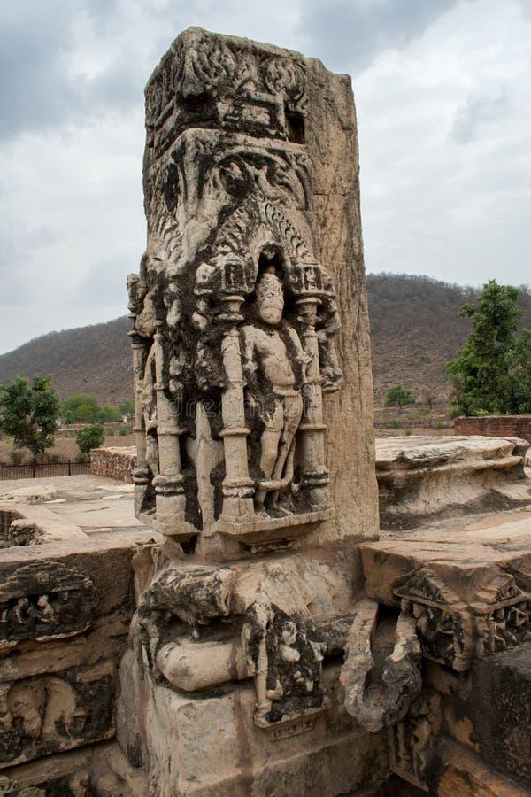 Scultura scolpita pietra ad un vecchio sito archeologico fotografia stock libera da diritti