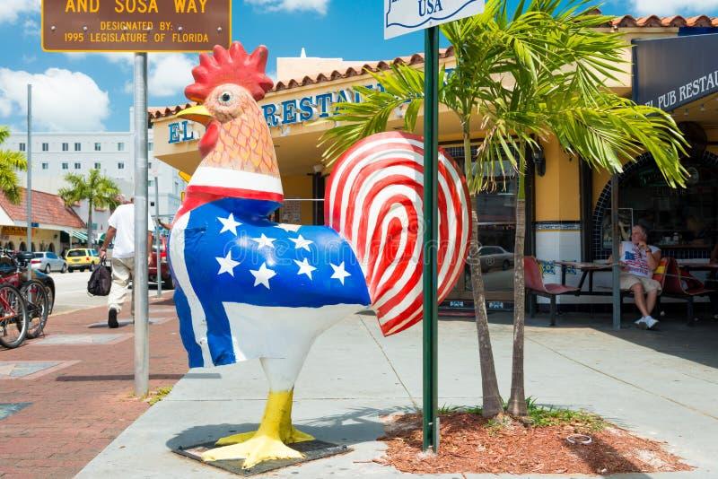 Scultura simbolica del gallo a poca Avana, Miami fotografie stock