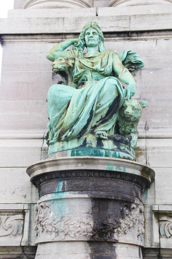 Scultura verde delle donne a Bruxelles fotografia stock