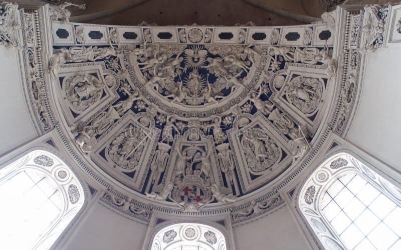 Sculture barrocco sul soffitto in cattedrale di Treviri fotografia stock libera da diritti