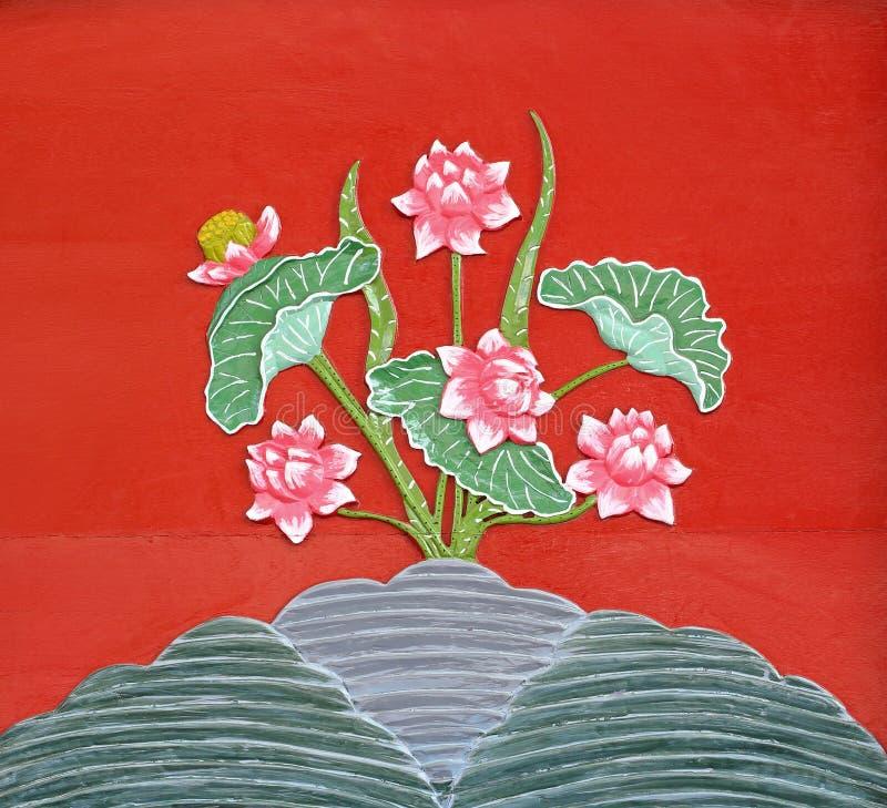 Sculture di Lotus sul legno fotografia stock libera da diritti