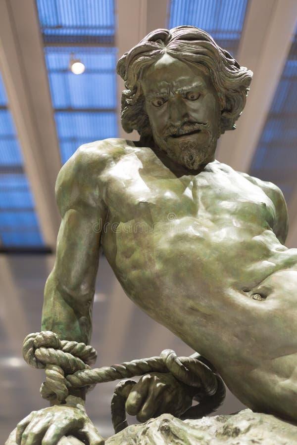 Sculture na lente do Louvre, França imagens de stock