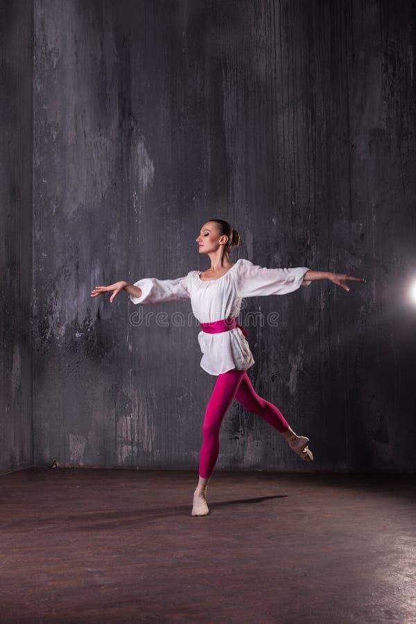 Scuola di balletto immagini stock