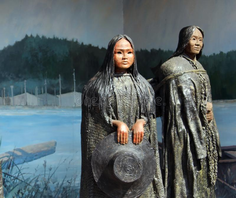 Scuptures женщин наций острова ванкувер первые, Chemainus стоковые изображения rf