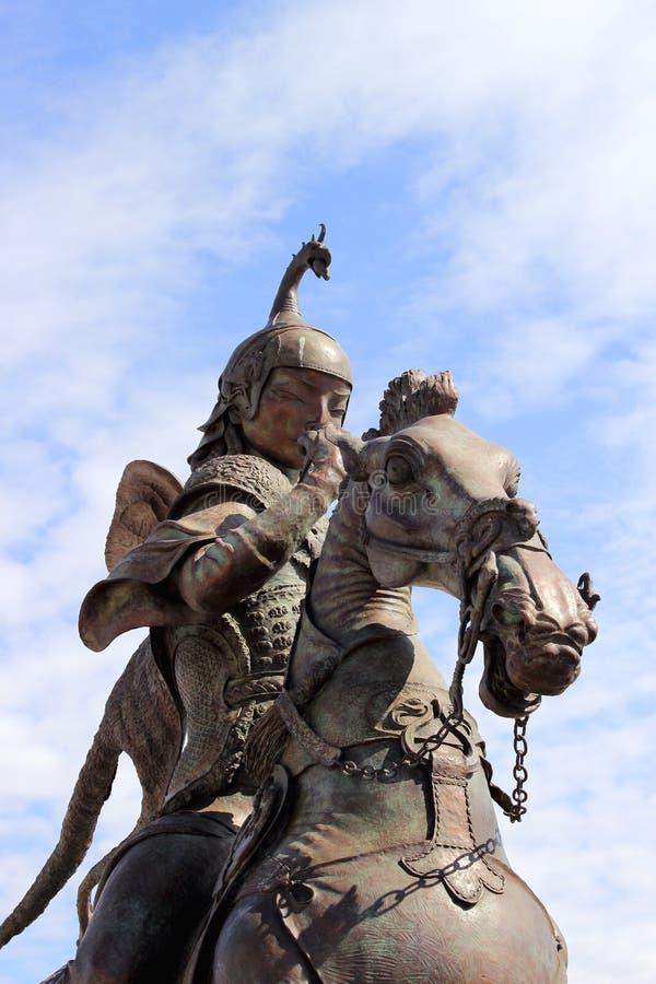 Scythiankoning op horseback van de plastische jacht van de ensembletsaar door de Buryat-beeldhouwer Dashi Namdakov royalty-vrije stock afbeelding