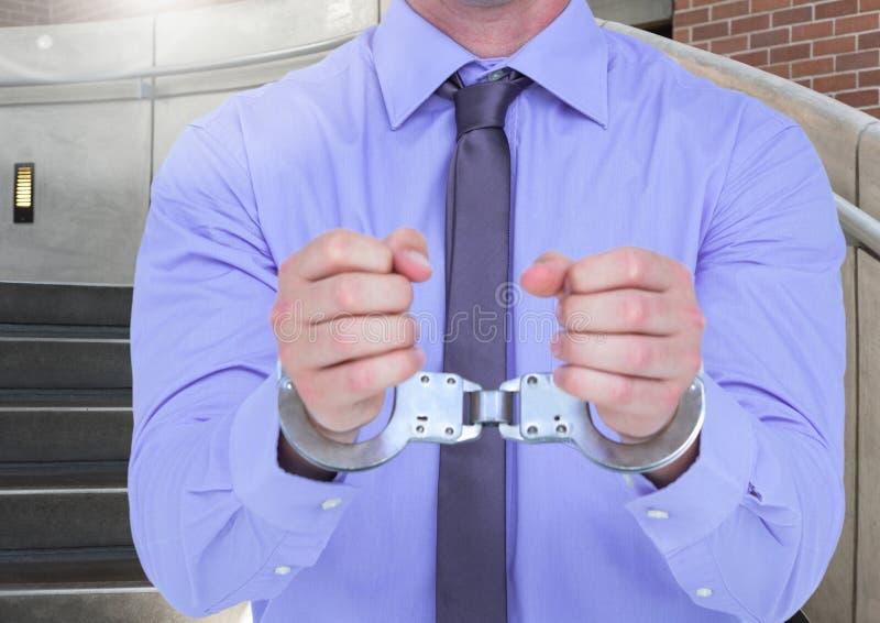 Seção meados de punhos corrompidos do homem de negócios à disposição fotografia de stock royalty free
