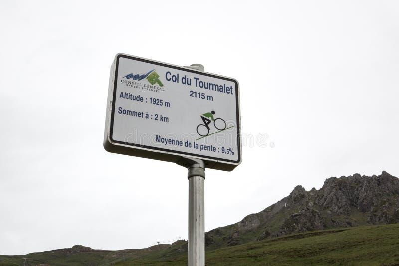 Señal de tráfico de Col du Tourmalet imagen de archivo libre de regalías