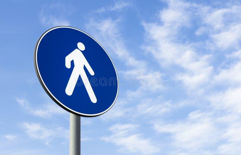 Señal de tráfico de los peatones solamente fotografía de archivo libre de regalías