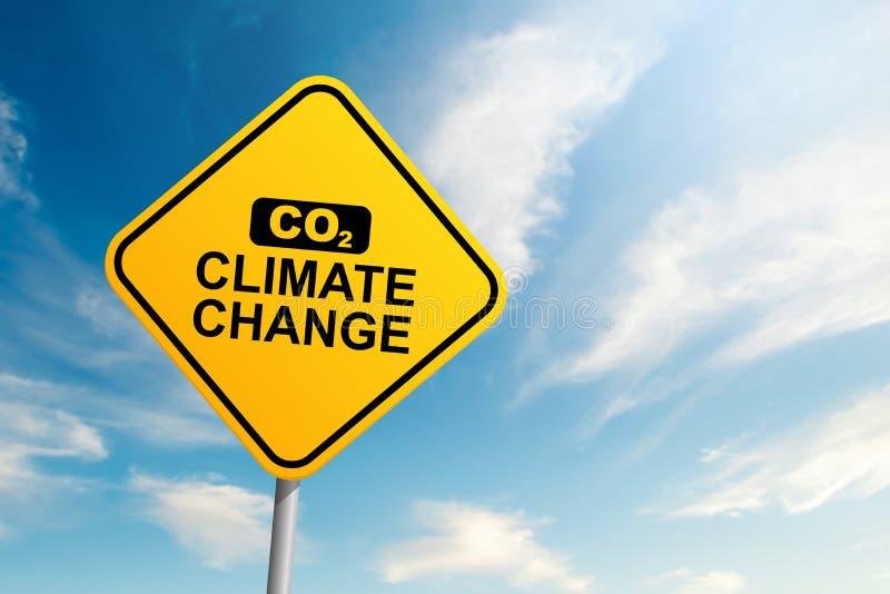 Señal de tráfico del cambio de clima del CO2 con el fondo del cielo azul y de la nube foto de archivo libre de regalías