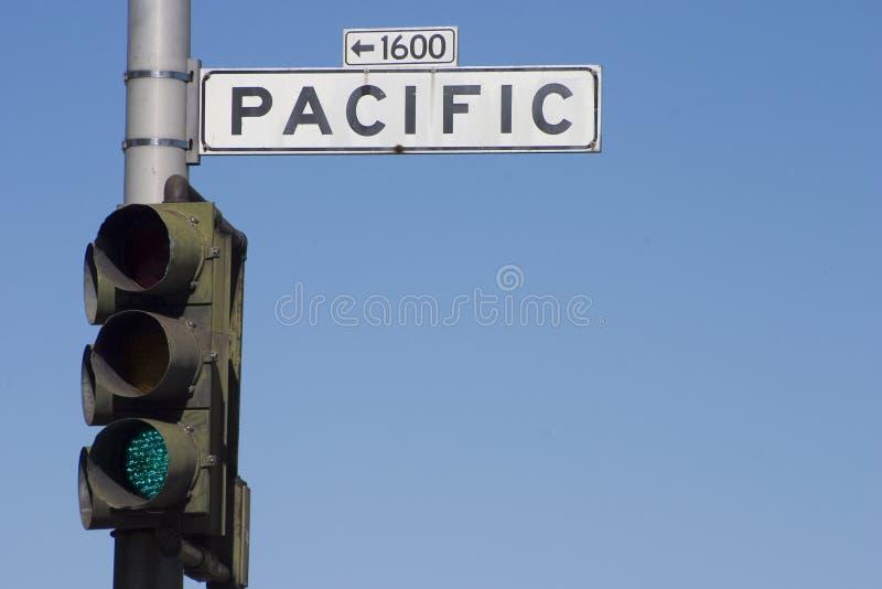 Señal de tráfico pacífica foto de archivo