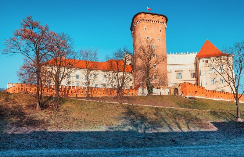 Señal del castillo de Wawel en la ciudad vieja de Kraków foto de archivo