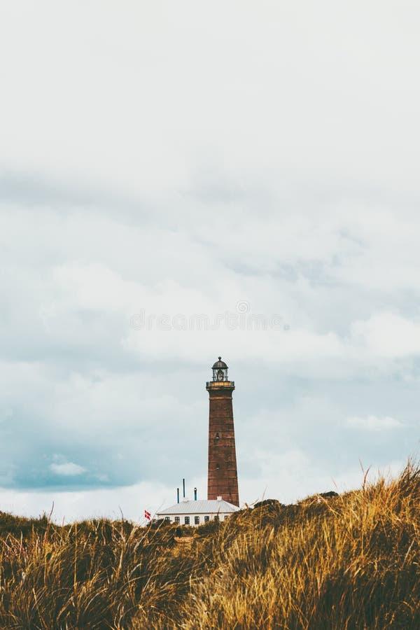 Señales del escandinavo del paisaje del viaje del paisaje del faro fotografía de archivo