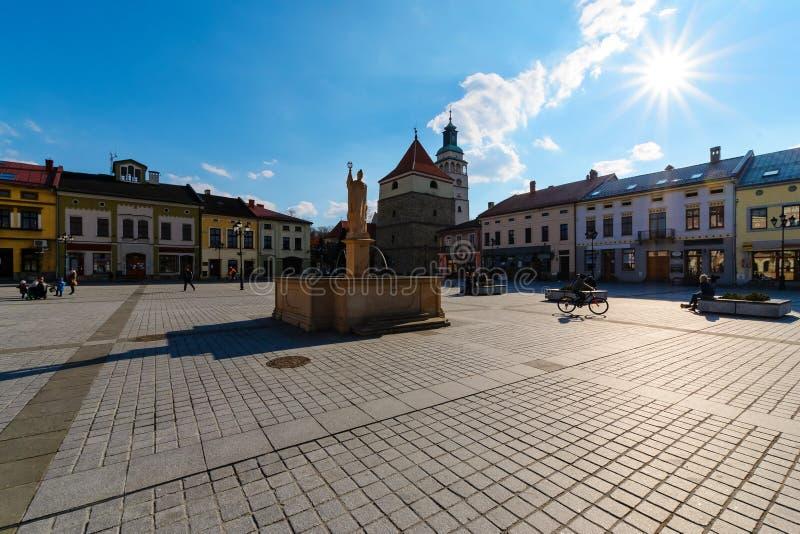 Señales en el cuadrado central de Zywiec imágenes de archivo libres de regalías