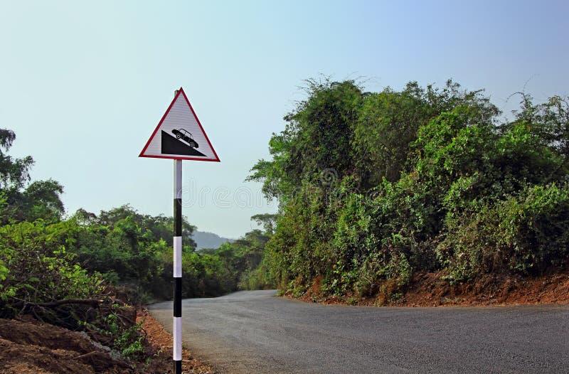 Señalización alerta de la carretera fotos de archivo libres de regalías