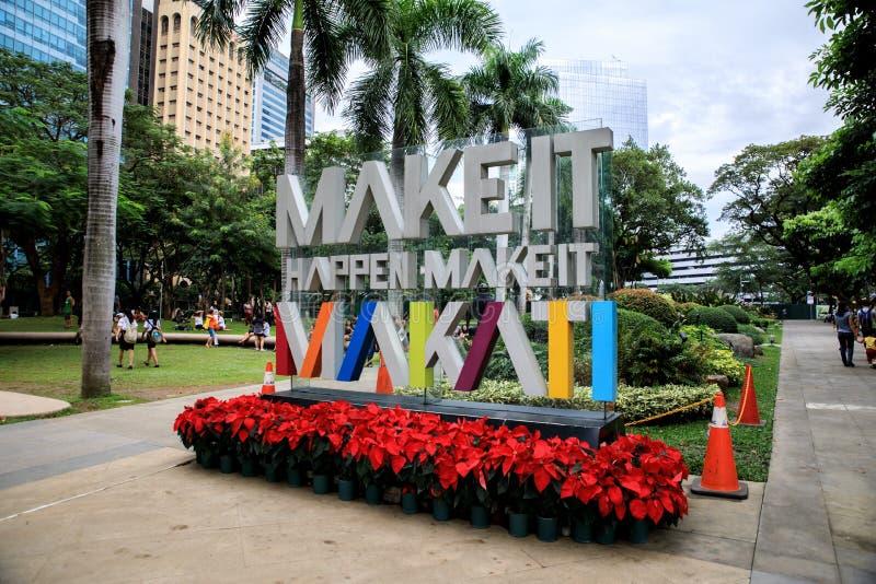Señalización (hágale Makati) en el parque del triángulo de Ayala imagen de archivo