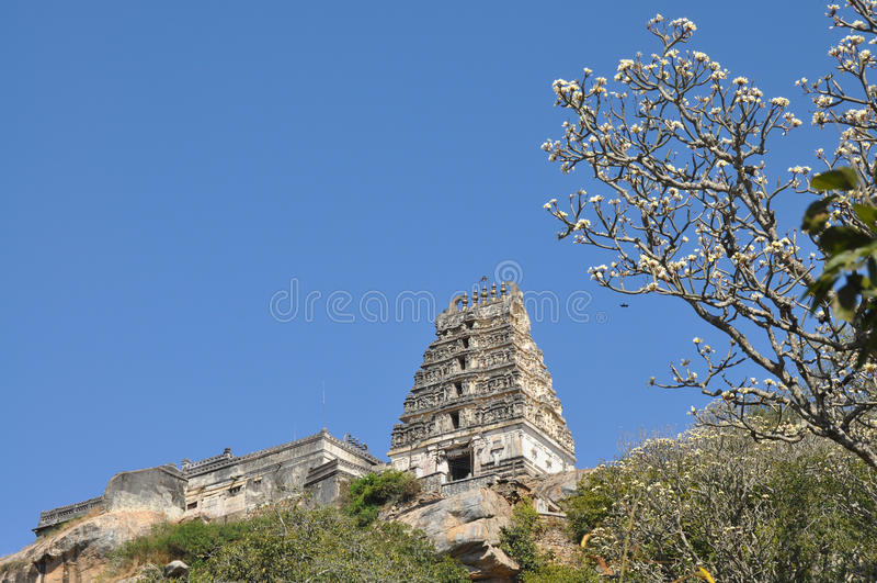 Señor Narasimha Swamy Temple imagenes de archivo