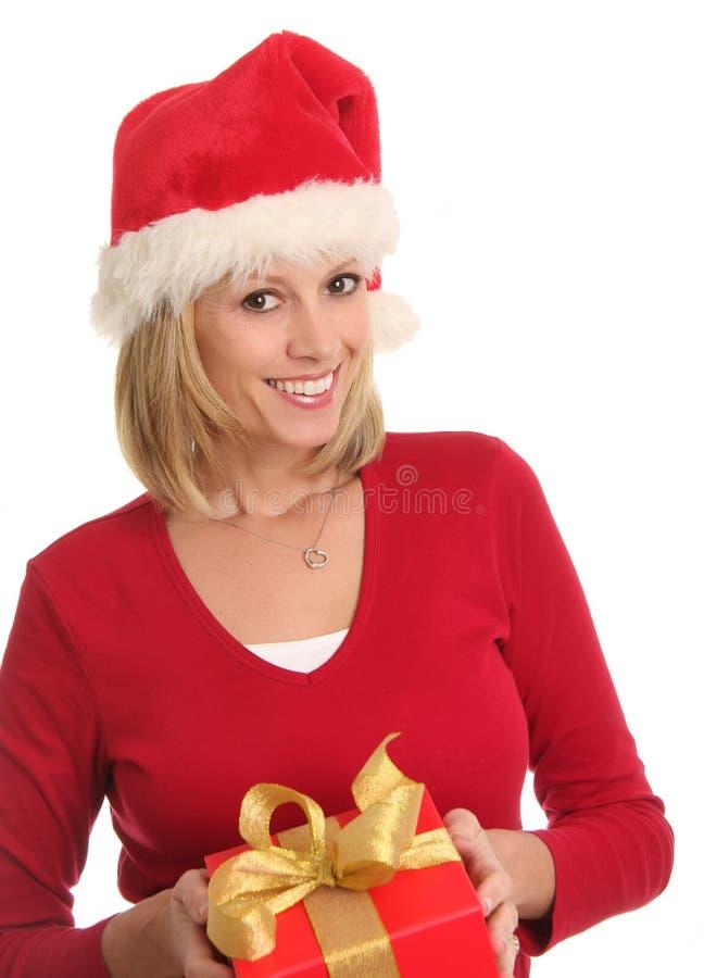 Señora de la Navidad y un presente. imágenes de archivo libres de regalías