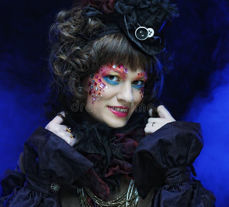 Señora hermosa con maquillaje artístico imagen de archivo libre de regalías