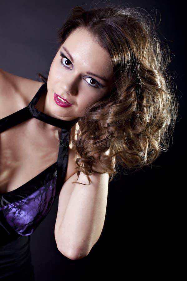 Señora joven en vestido de noche imagen de archivo libre de regalías