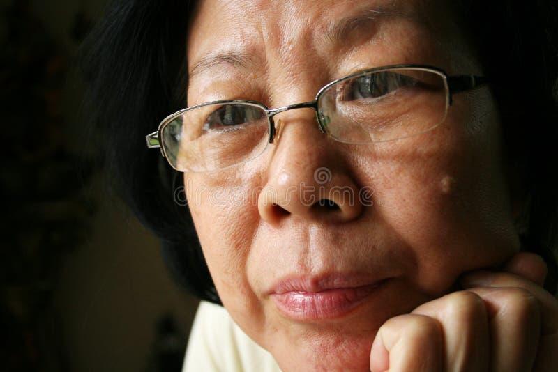 Señora mayor asiática imagen de archivo libre de regalías