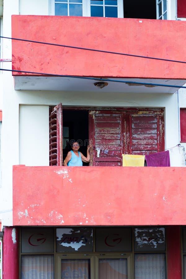 Señora mayor en La Habana fotografía de archivo libre de regalías