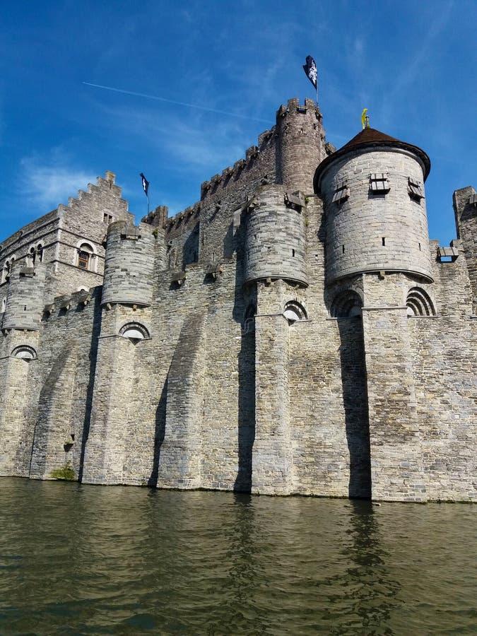 SE?OR, B?LGICA 03 25 2017 castillo medieval Gravensteen o castillo de las cuentas imagen de archivo libre de regalías