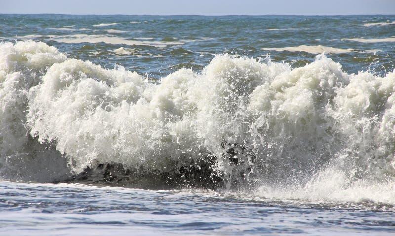 Se briser de vagues photographie stock