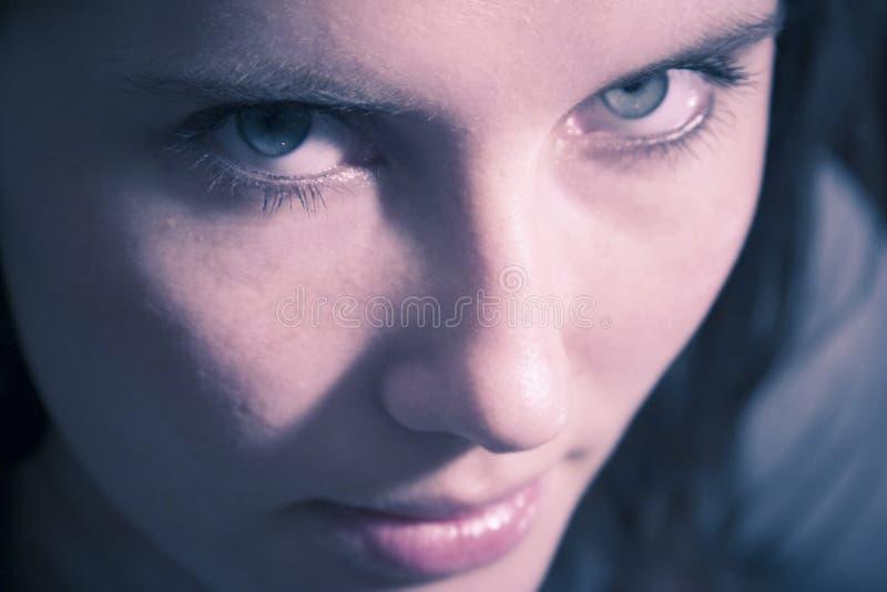 se den sinnliga kvinnan royaltyfri bild